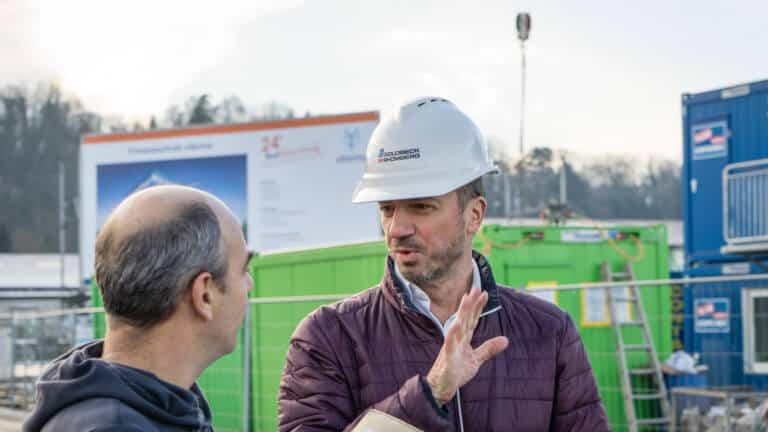 Herbert Fitz auf der Baustelle