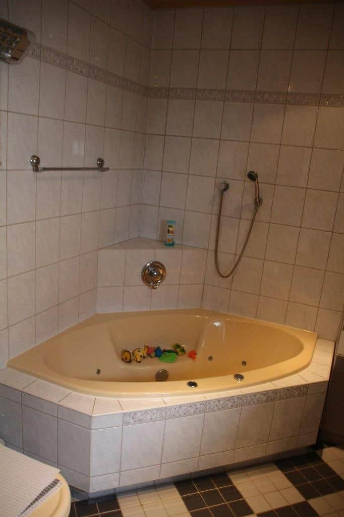 Viterma Badsanierung Beispiel Vorher