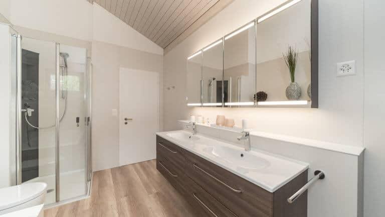 Ihr begehbare Dusche wird von viterma genau nach Maß für Sie produziert.