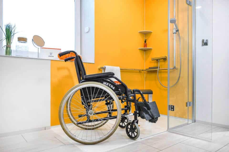 Barrierefreie Dusche und barrierefreies Bad individuell gestalten